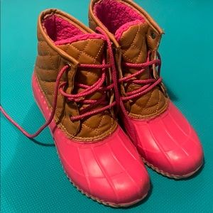 Euc justice hiking boots